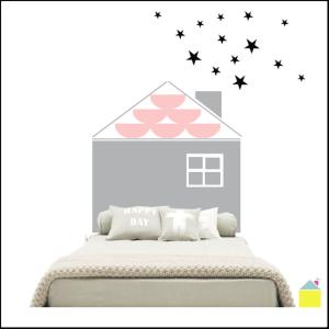 frontal_cama_casa_con_estrellas